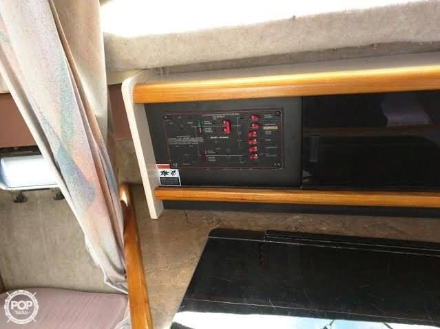 1990 Bayliner 2655 Cierra Sunbridge - Photo #5