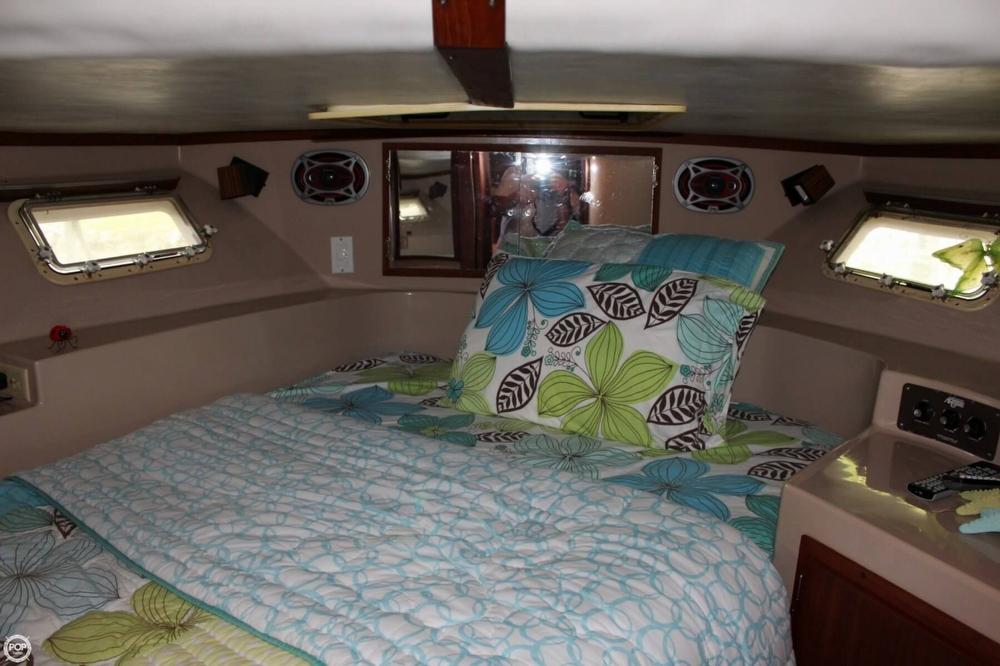 1985 Bluewater Yachts 51 Coastal Cruiser - Photo #7
