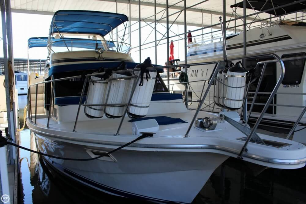 1985 Bluewater Yachts 51 Coastal Cruiser - Photo #13