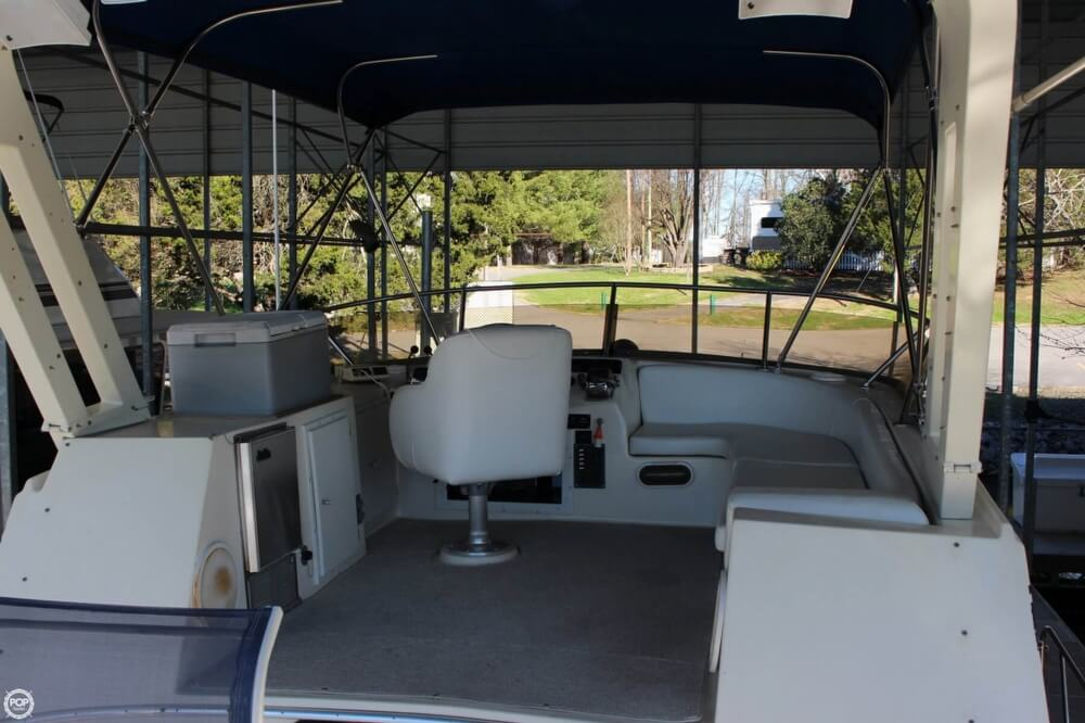 1985 Bluewater Yachts 51 Coastal Cruiser - Photo #19