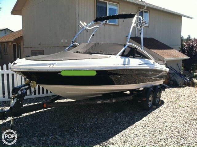 2010 Sea Ray 205 Sport Bowrider - Photo #2