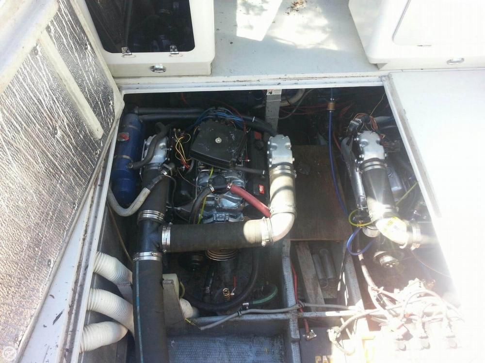 1986 Wellcraft 3200 ST TROPEZ - Photo #21