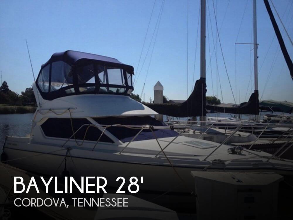 2003 Bayliner 288 Classic Cruiser - Photo #1