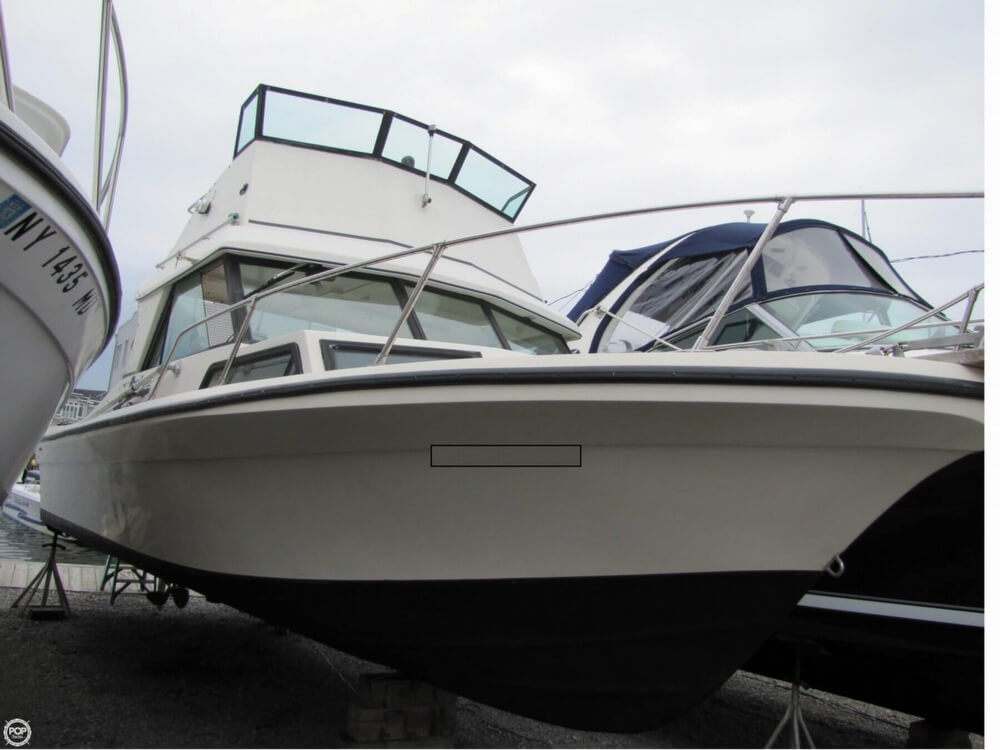 1982 Sportcraft 270 C Eagle Flybridge - Photo #5