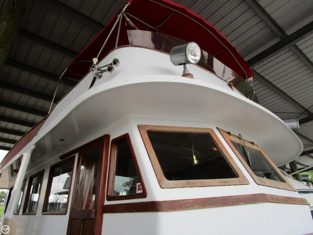 1982 Marine Trader boat for sale, model of the boat is 50 Motor Yacht & Image # 6 of 40