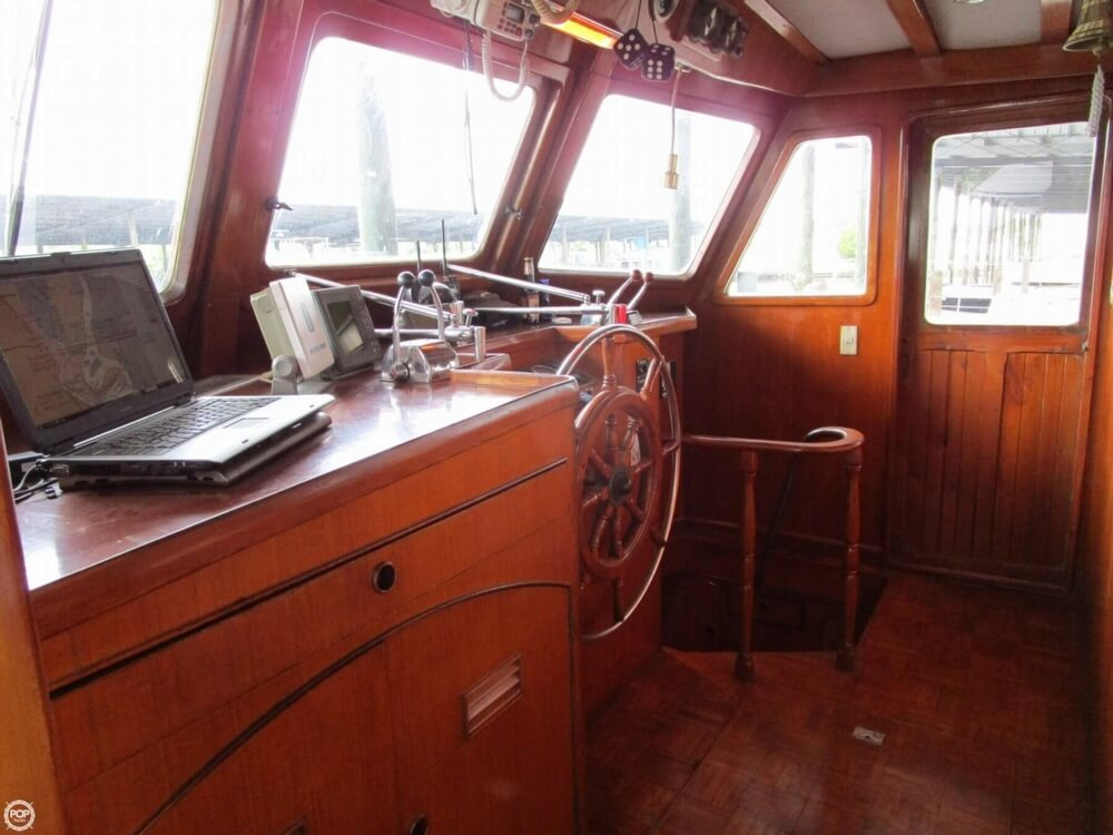 1982 Marine Trader boat for sale, model of the boat is 50 Motor Yacht & Image # 8 of 40