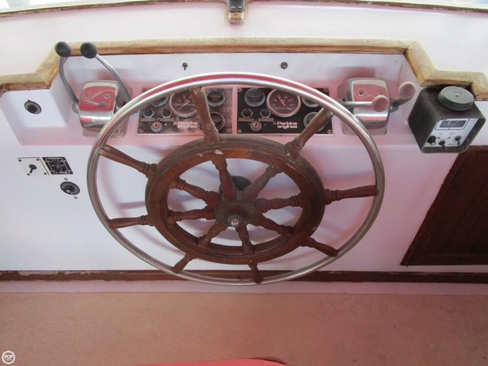 1982 Marine Trader boat for sale, model of the boat is 50 Motor Yacht & Image # 10 of 40