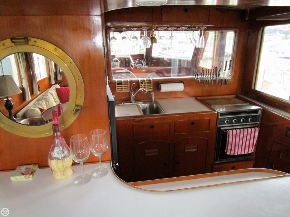 1982 Marine Trader boat for sale, model of the boat is 50 Motor Yacht & Image # 12 of 40