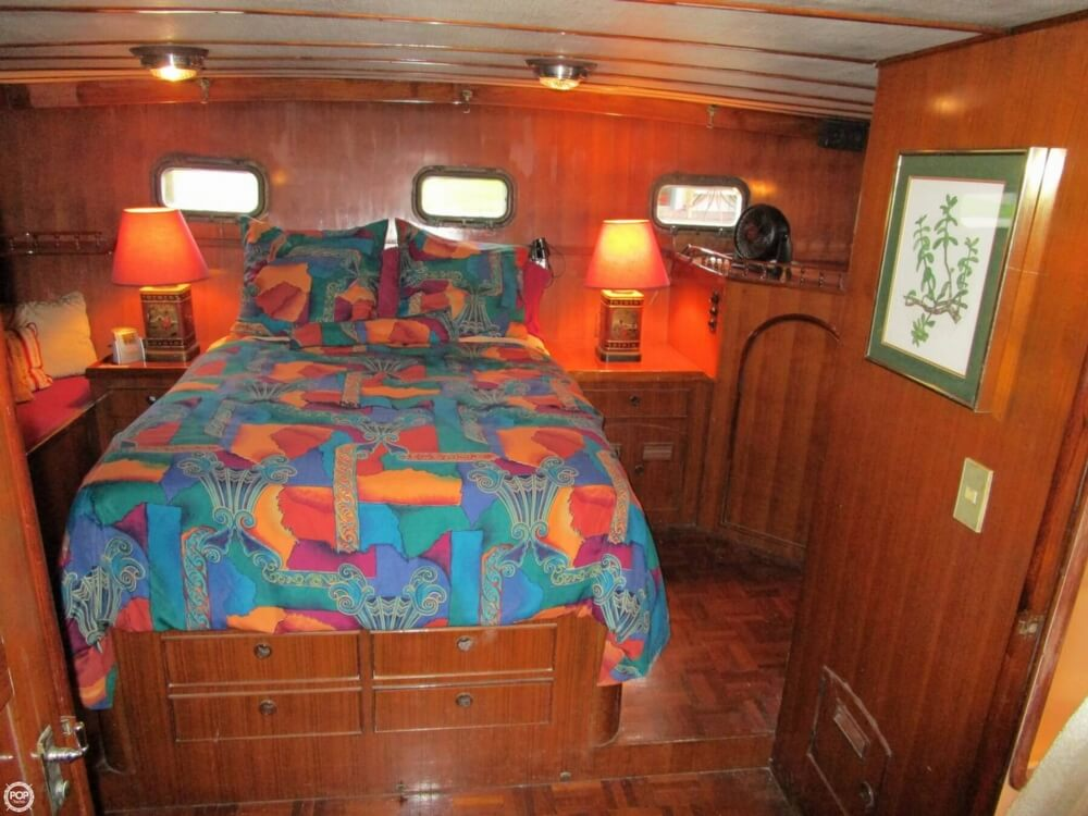 1982 Marine Trader boat for sale, model of the boat is 50 Motor Yacht & Image # 17 of 40