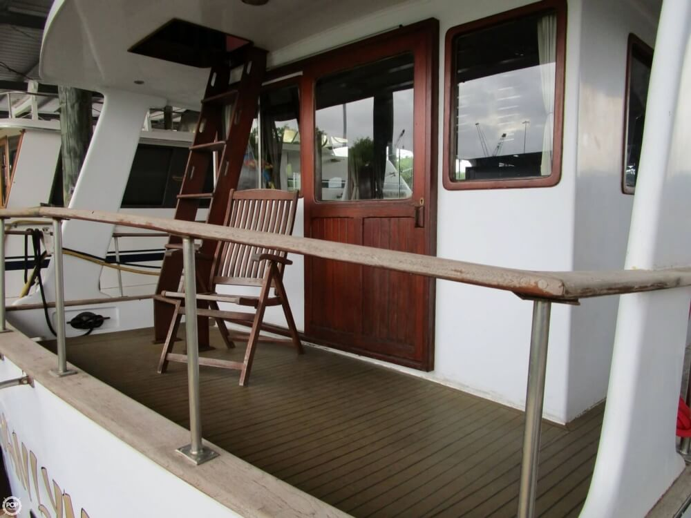 1982 Marine Trader boat for sale, model of the boat is 50 Motor Yacht & Image # 32 of 40