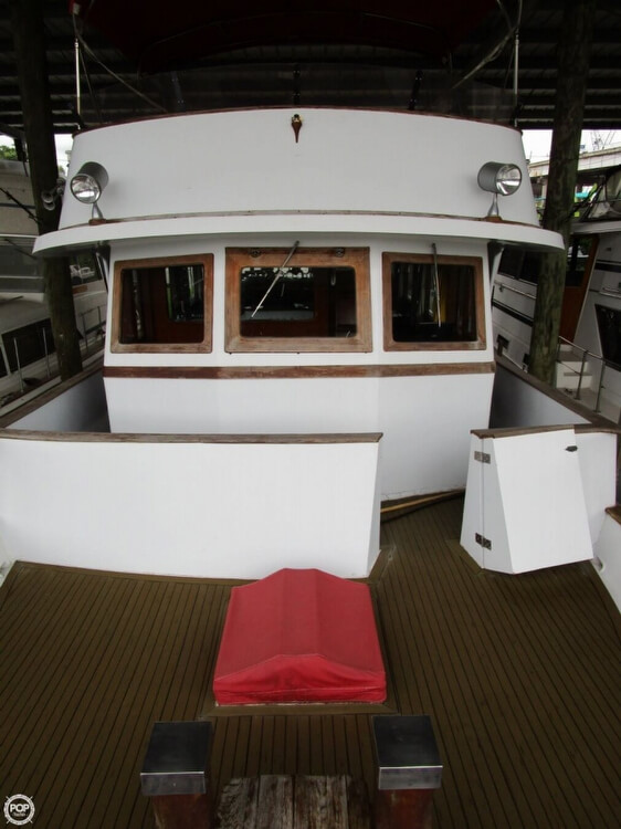 1982 Marine Trader boat for sale, model of the boat is 50 Motor Yacht & Image # 3 of 40