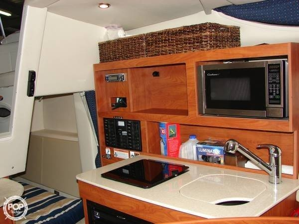 2010 Bayliner 255 SB Cruiser - Photo #7