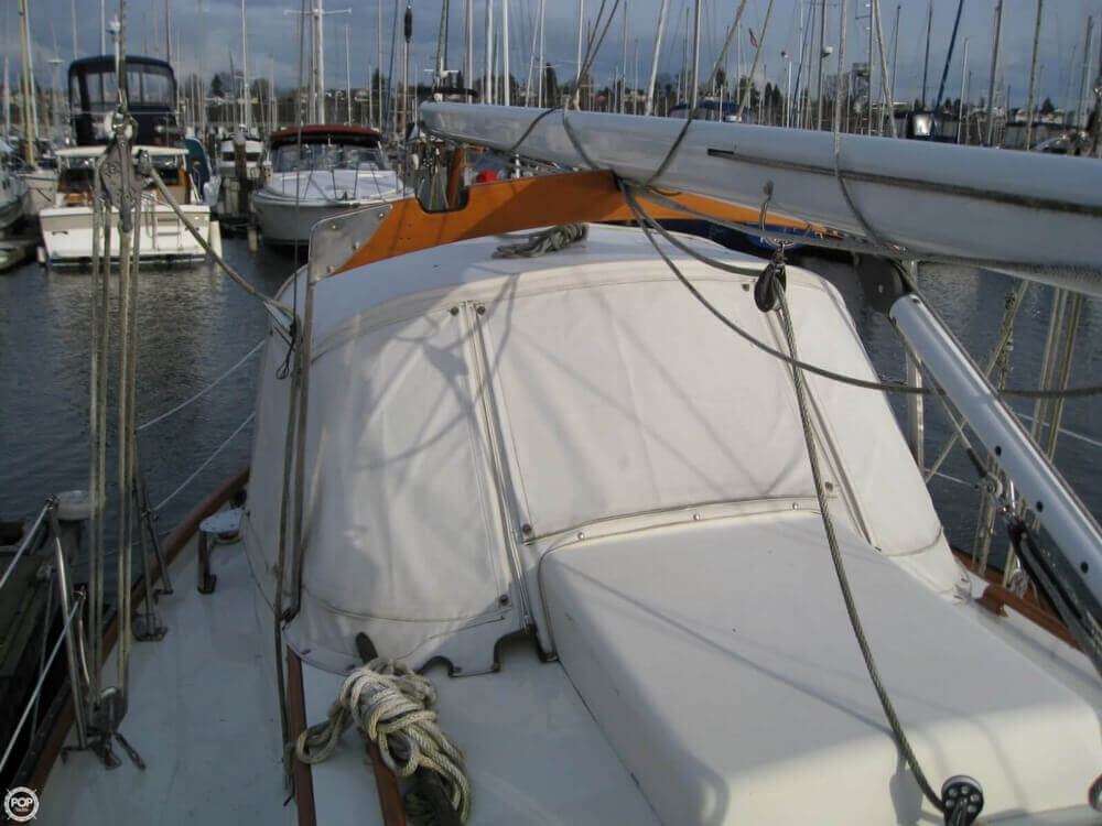 1977 Rafiki boat for sale, model of the boat is 37 Cutter & Image # 33 of 40