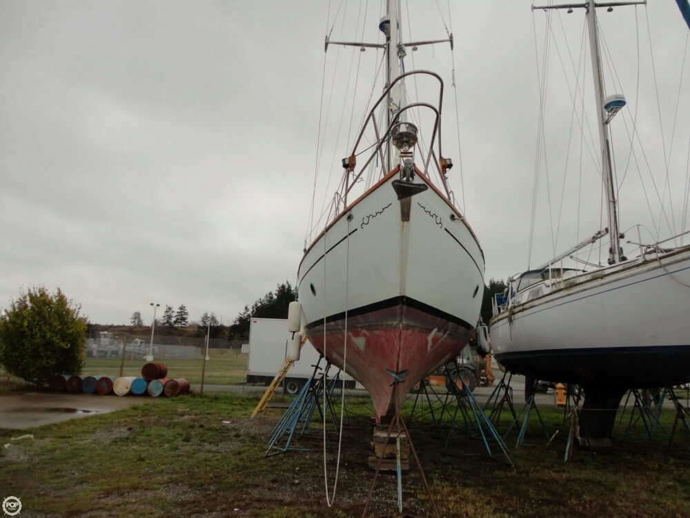 1977 Rafiki boat for sale, model of the boat is 37 Cutter & Image # 39 of 40