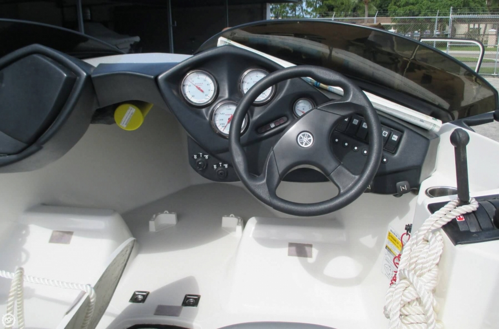 2000 Yamaha boat for sale, model of the boat is 1800 XR & Image # 6 of 40