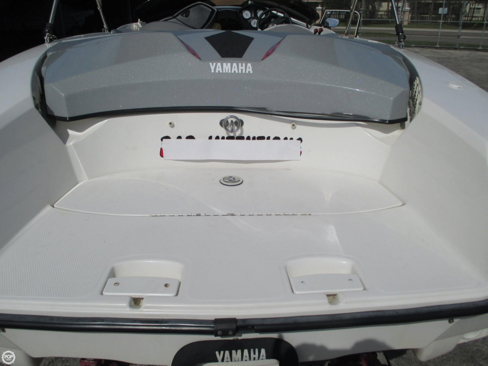 2000 Yamaha boat for sale, model of the boat is 1800 XR & Image # 39 of 40