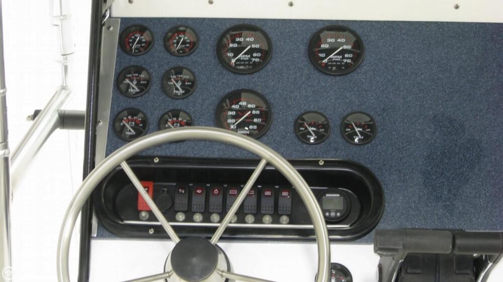 1996 Mako 261 Center Console - Photo #17