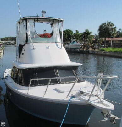Bertram 31 SF, 30', for sale - $60,000