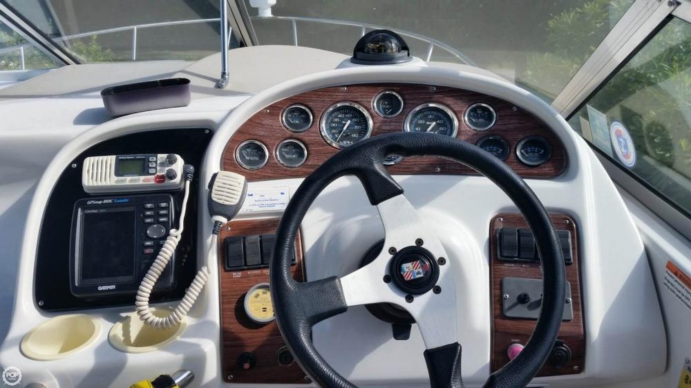 1999 Chris-Craft 260 Express Cruiser - Photo #8