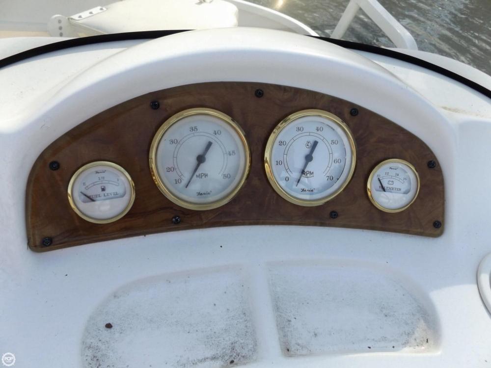 2011 Encore Boat Builders 200 Fish RE - Photo #12