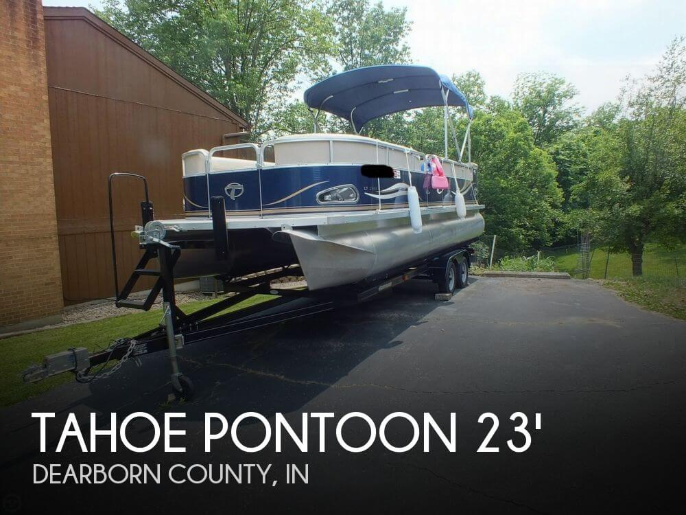 sold tahoe pontoon 2300 lt cruise boat in lawrenceburg in 079249. Black Bedroom Furniture Sets. Home Design Ideas