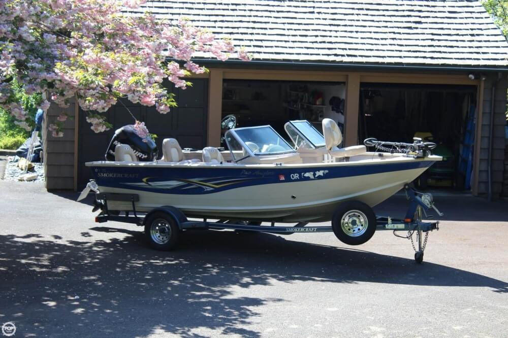 2008 Smoker Craft boat for sale, model of the boat is Pro Angler 172 & Image # 2 of 40
