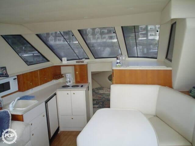1999 Silverton 322 Motor Yacht - Photo #12