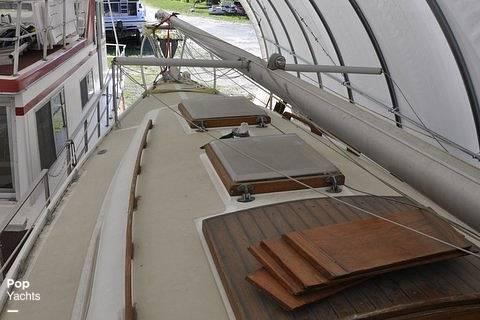 1979 Ericson Yachts 27 - Photo #7