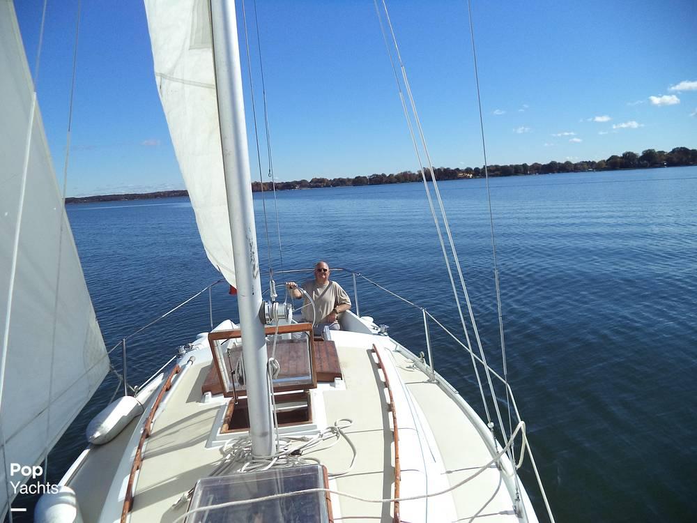 1979 Ericson Yachts 27 - Photo #9