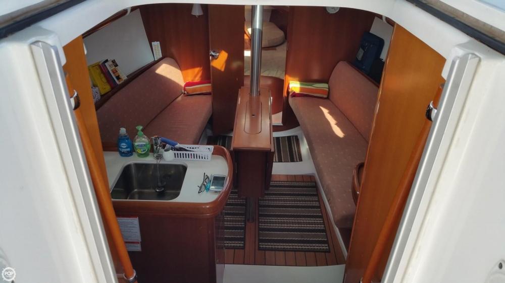 2007 Beneteau Oceanis 323 - Photo #7