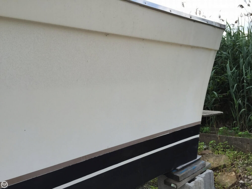 1980 Silverton boat for sale, model of the boat is 34 Sedan Cruiser & Image # 12 of 40