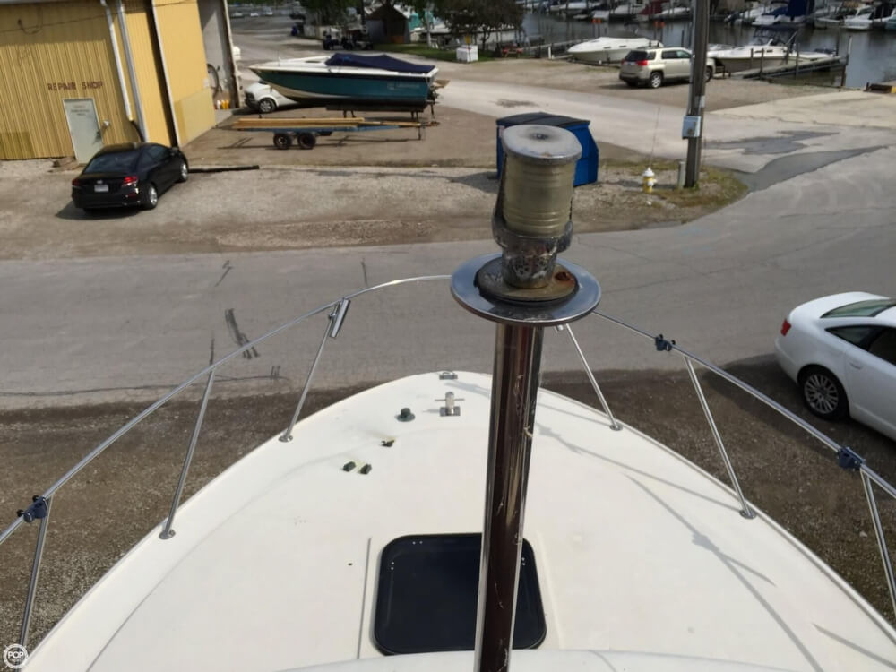 1980 Silverton boat for sale, model of the boat is 34 Sedan Cruiser & Image # 31 of 40