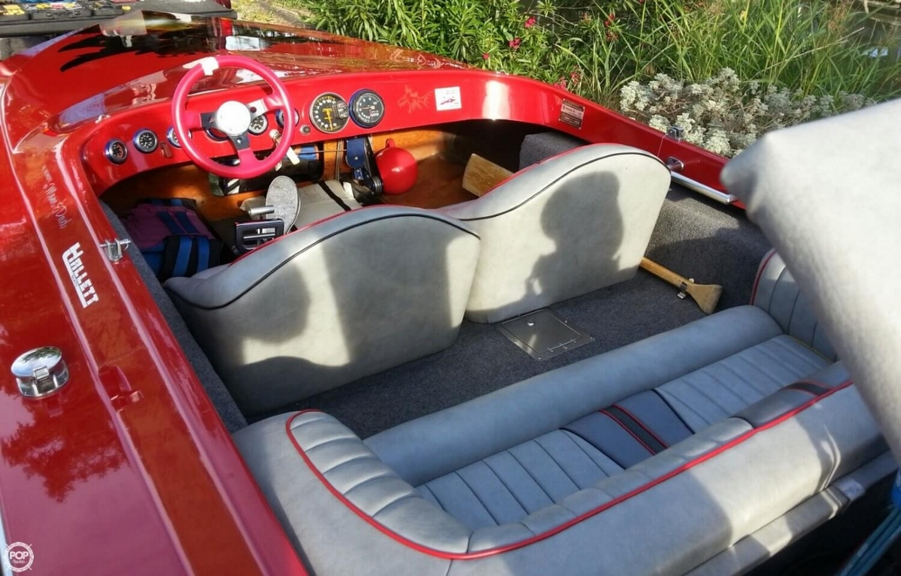 1981 Hallett boat for sale, model of the boat is 20 Mini Day Cruiser SS & Image # 8 of 37