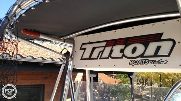 2002 Triton 2200 CC - Photo #8