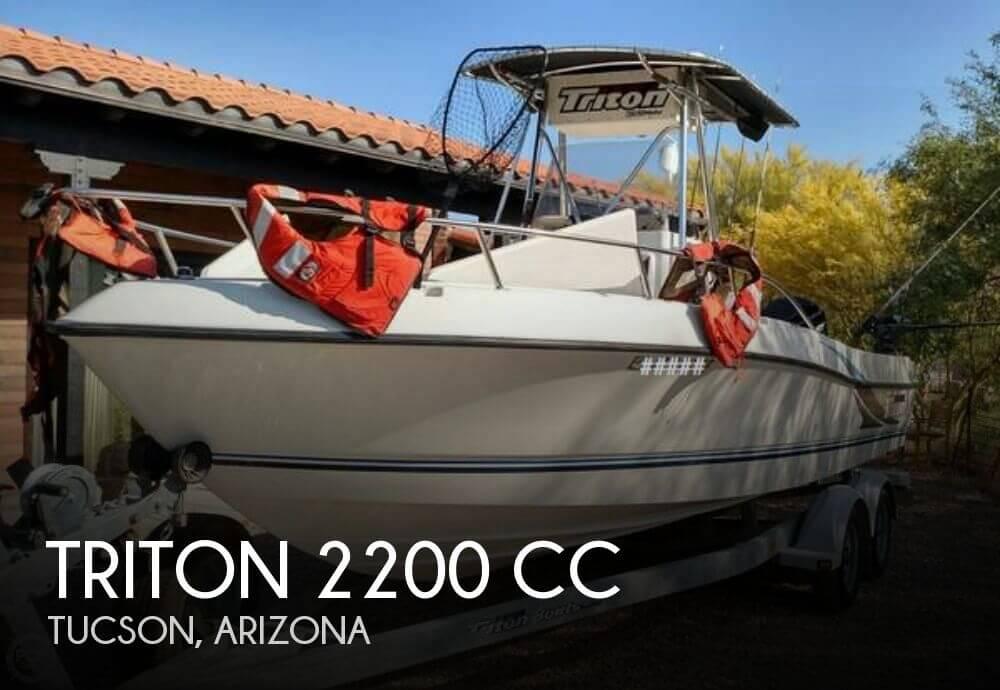 2002 Triton 2200 CC - Photo #1