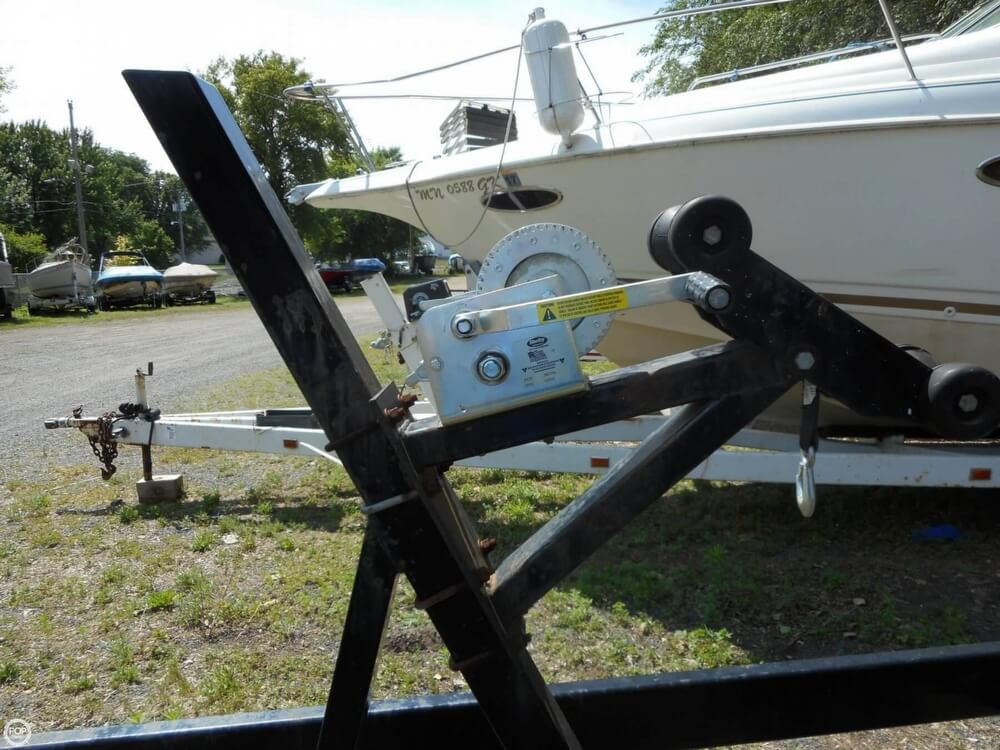 1990 Sea Ray boat for sale, model of the boat is 310 Sundancer & Image # 12 of 40
