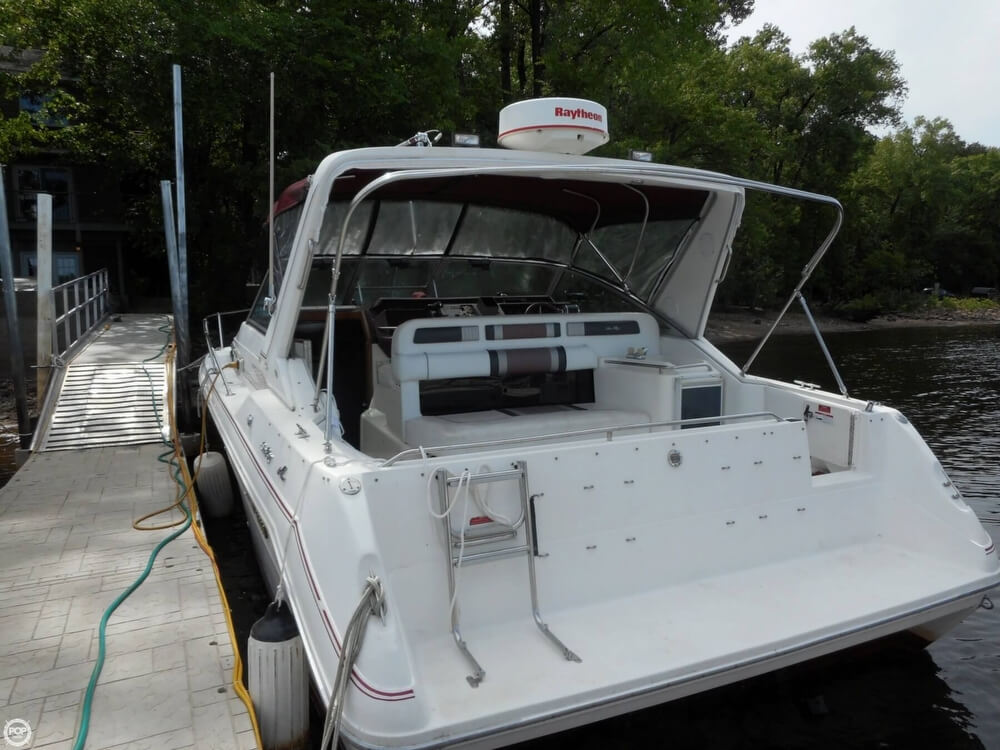 1990 Sea Ray boat for sale, model of the boat is 310 Sundancer & Image # 19 of 40