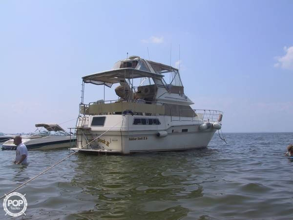 1983 Sea Ray 355 Aft Cabin - Photo #3
