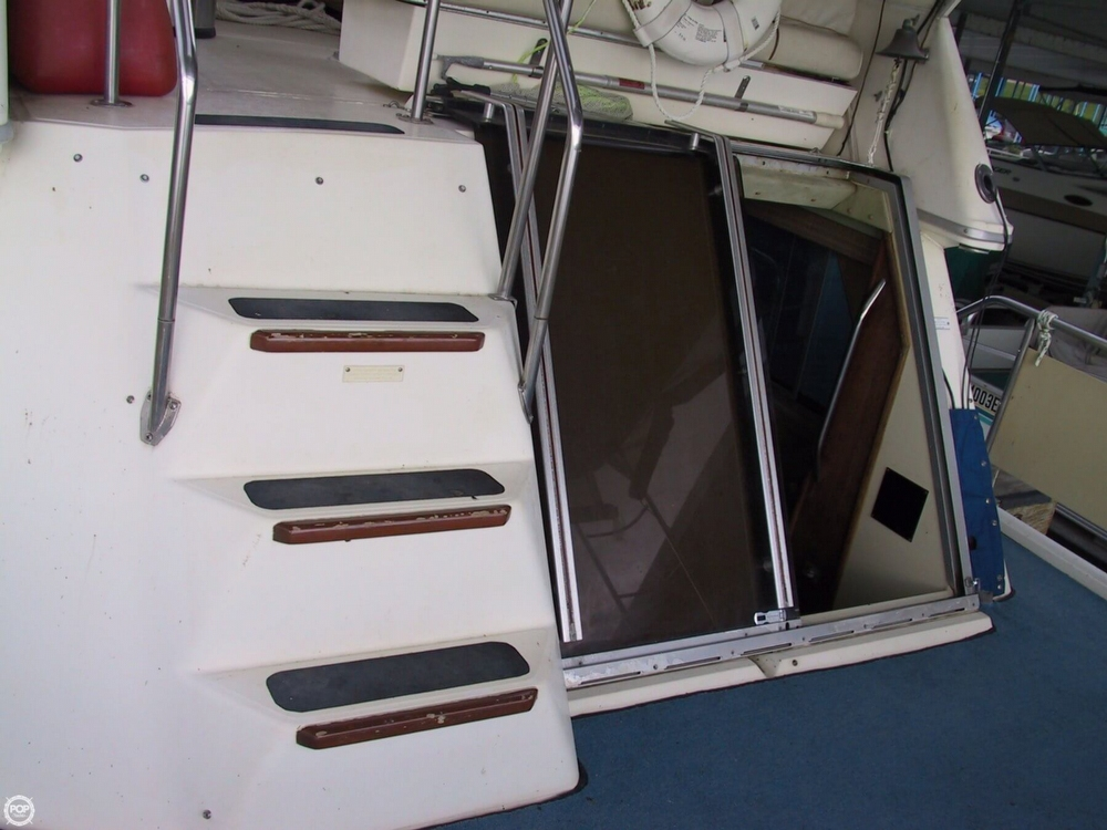 1983 Sea Ray 355 Aft Cabin - Photo #30