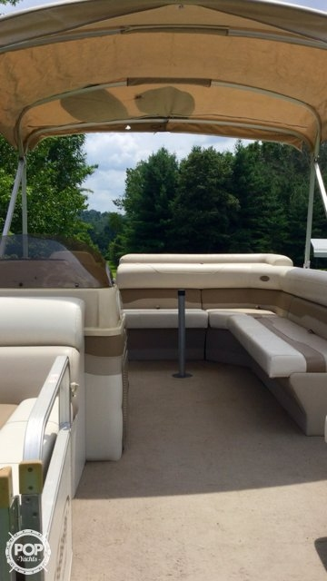 2004 Smoker Craft boat for sale, model of the boat is M 818 Infinity CR & Image # 9 of 40