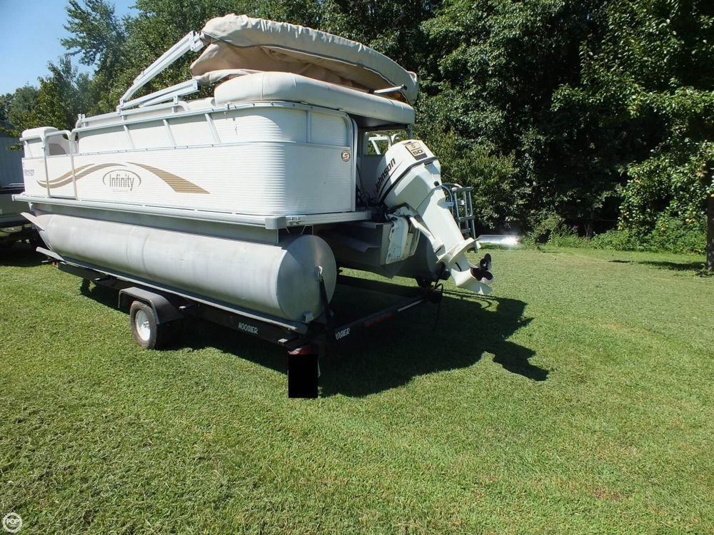 2004 Smoker Craft boat for sale, model of the boat is M 818 Infinity CR & Image # 10 of 40