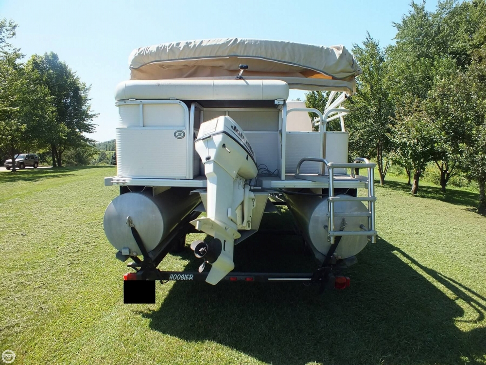 2004 Smoker Craft boat for sale, model of the boat is M 818 Infinity CR & Image # 12 of 40