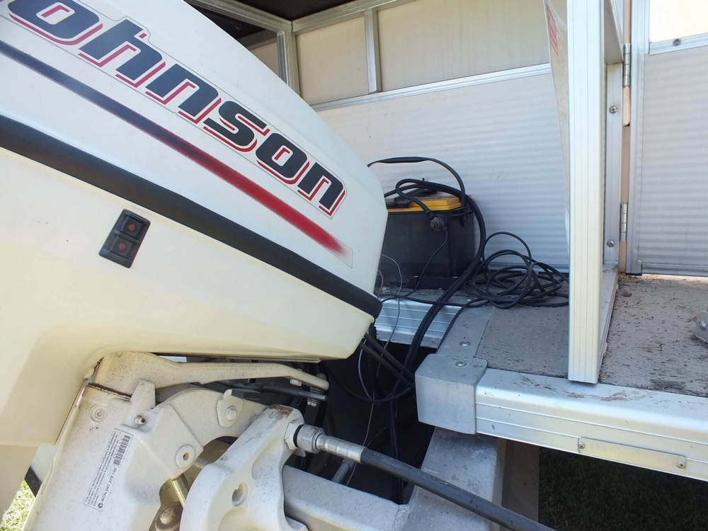 2004 Smoker Craft boat for sale, model of the boat is M 818 Infinity CR & Image # 14 of 40