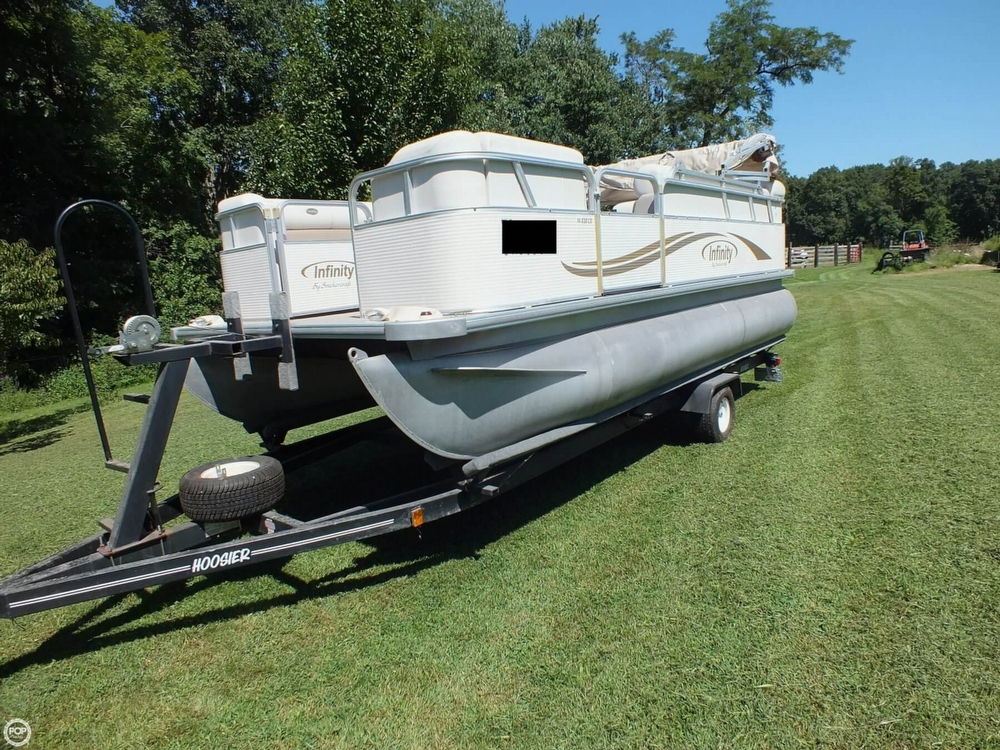 2004 Smoker Craft boat for sale, model of the boat is M 818 Infinity CR & Image # 27 of 40