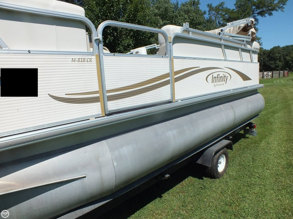 2004 Smoker Craft boat for sale, model of the boat is M 818 Infinity CR & Image # 29 of 40