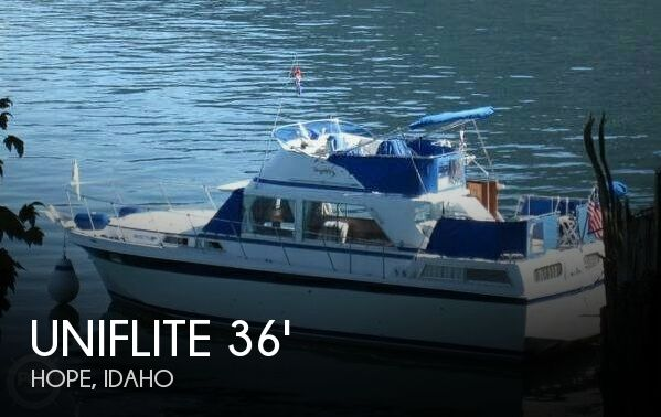 1975 Uniflite 36 Double Cabin - Photo #1
