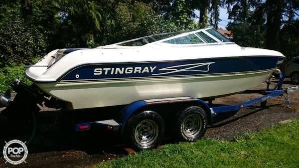 1998 Stingray 220 SX - Photo #3