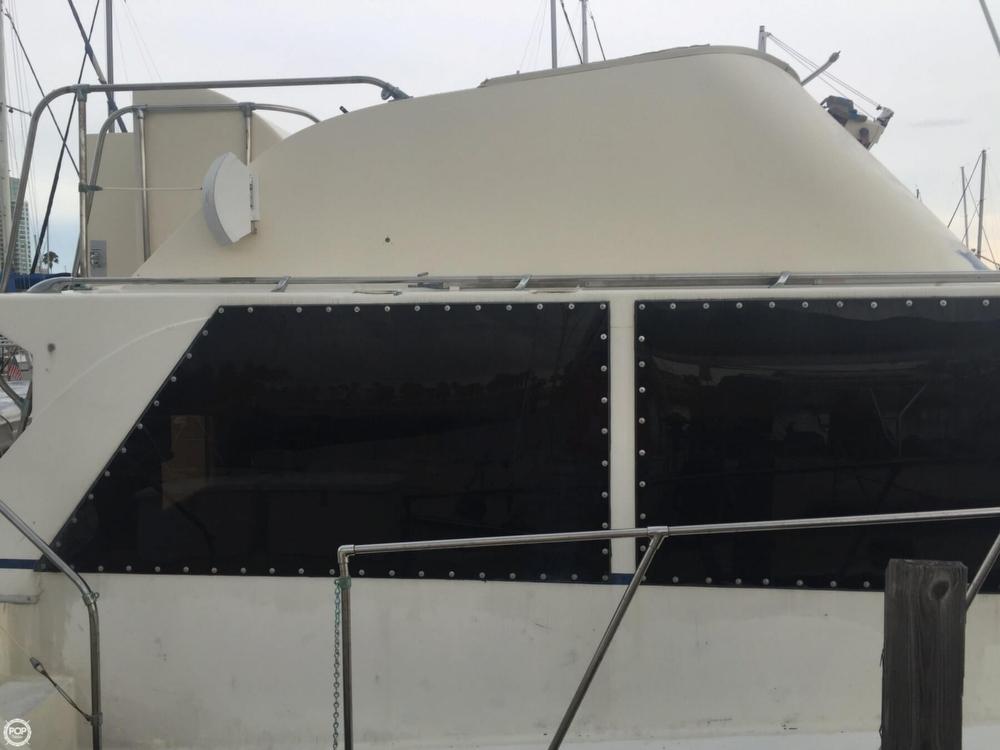 1975 Uniflite 42 Double Cabin - Photo #21
