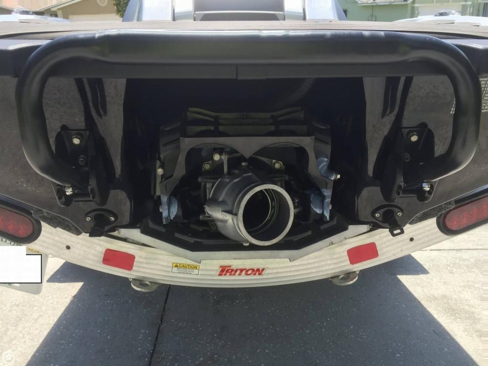 2015 Yamaha Waverunner FX Cruiser SHO - Photo #9