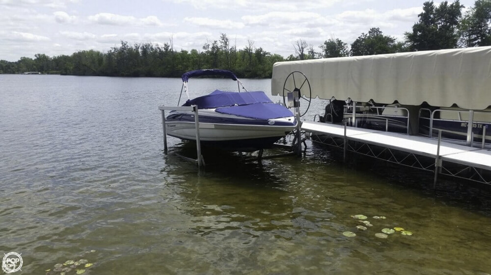 2012 Crownline 195 SS - Photo #12